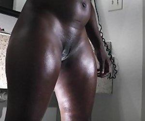 Ebony free porno Free Ebony